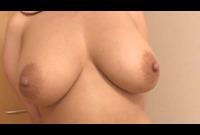 【爆乳専業主婦】荒川区在住葉月奈穂さん(33)女盛りの豊満な身体がうごめく☆彡